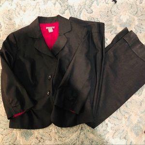 Ann Taylor 2 piece pant suit size 10